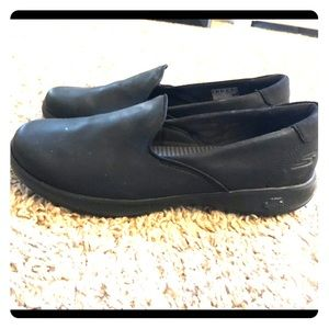 Comfy black loafers